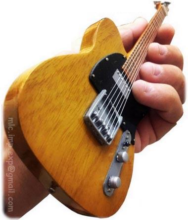 guitare_miniature